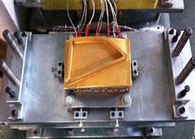 热 板 焊