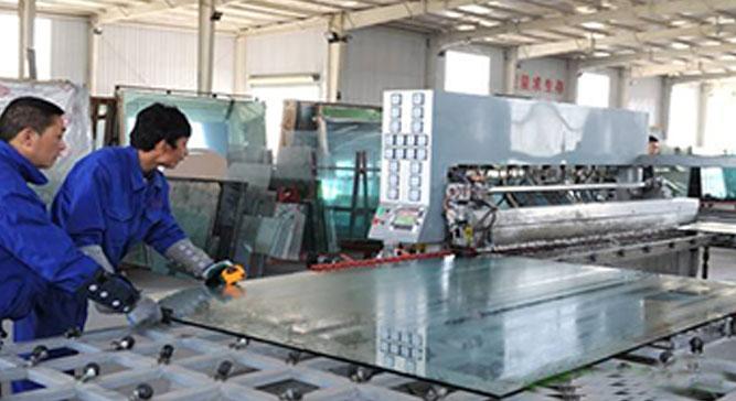 安顺钢化玻璃厂家