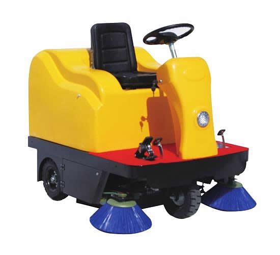 使用电动扫地车时频繁拉组合电门会严重影响扫地车使用寿命