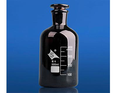 棕色普料小口试剂瓶