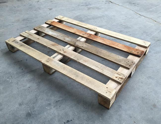 二手木托盘