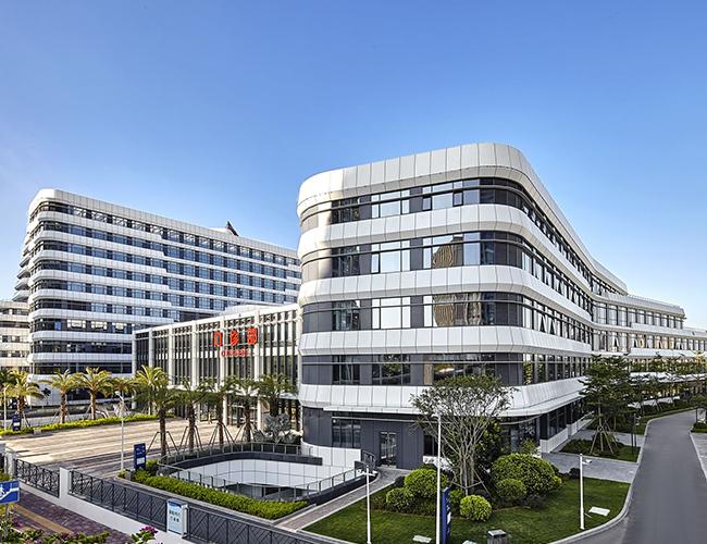 廈門中山醫院弧形鋁單板工程