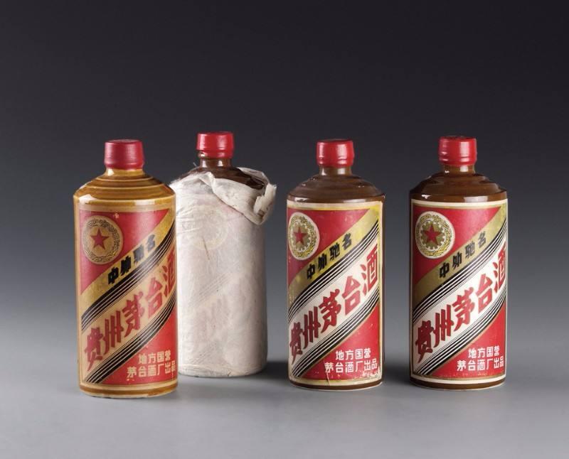 滨州市高价回收04年飞天茅台酒上门回收名酒老酒