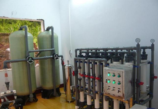 矿泉水灌装设备