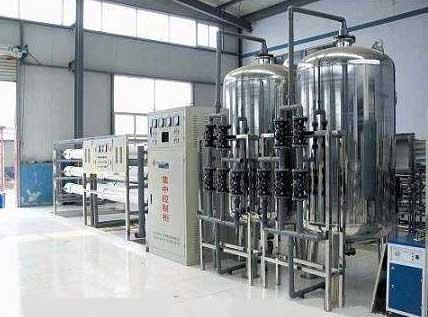 [华体会娱乐]纯净水设备是运用在反渗透系统之后