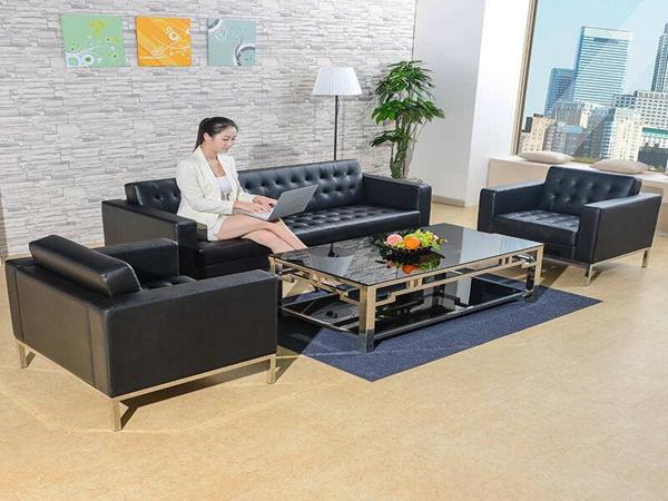 应该如何保养和清洁沙发