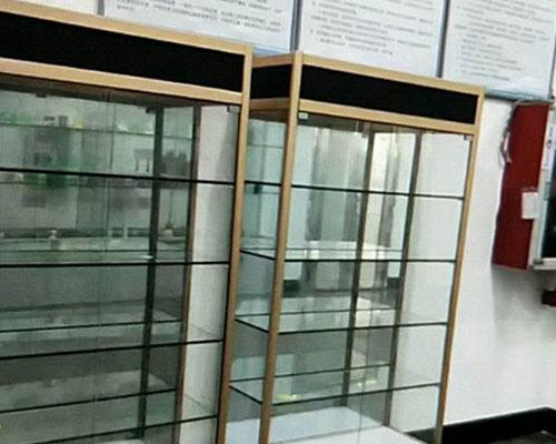 钛合金精品展示柜