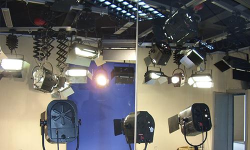 台灣大學虛擬演播室中心