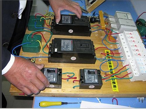 学电工有前途吗?