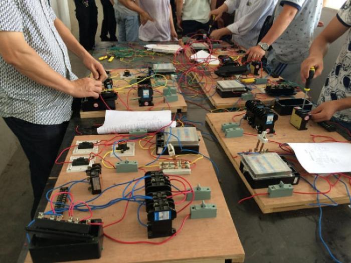 维修电工安全操作规程!