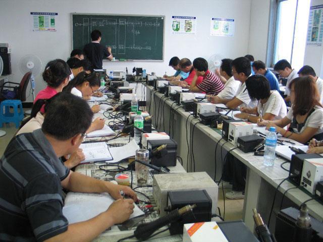 科普电工培训:工厂配电智能化管理效益分析