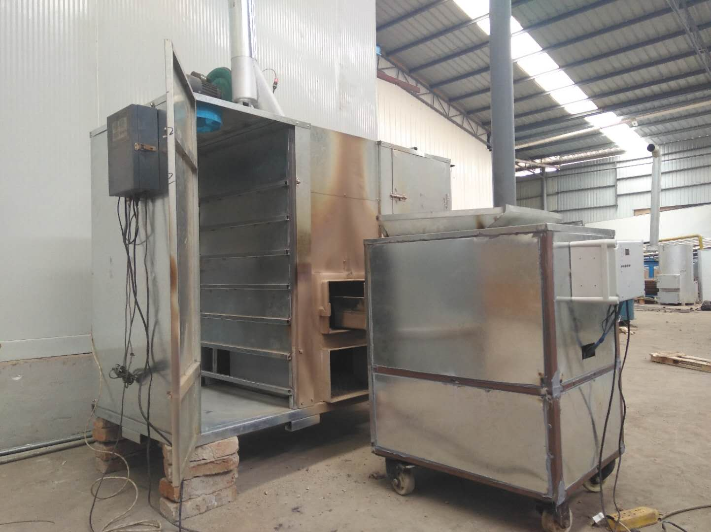 0.2吨烘烤设备(含烤箱)