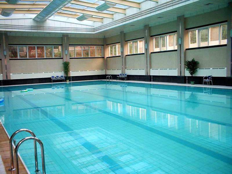 室内泳池设备维护运转需要注意哪些问题?