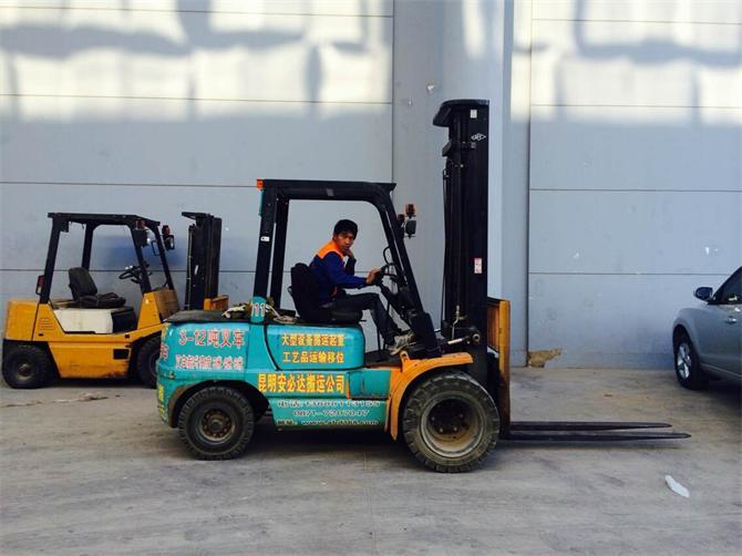 昆明机械设备搬运公司
