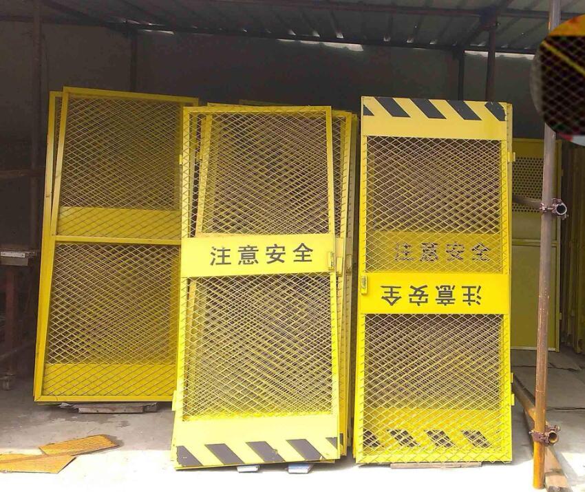 云南電梯防護門之為什么價格差異大