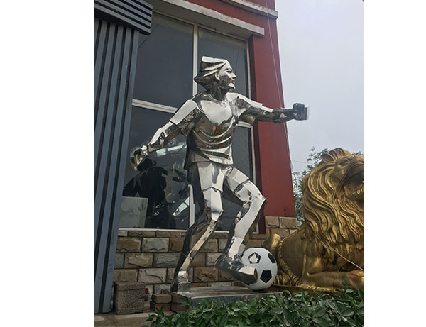 铜雕雕塑——为城市增添了一抹风采