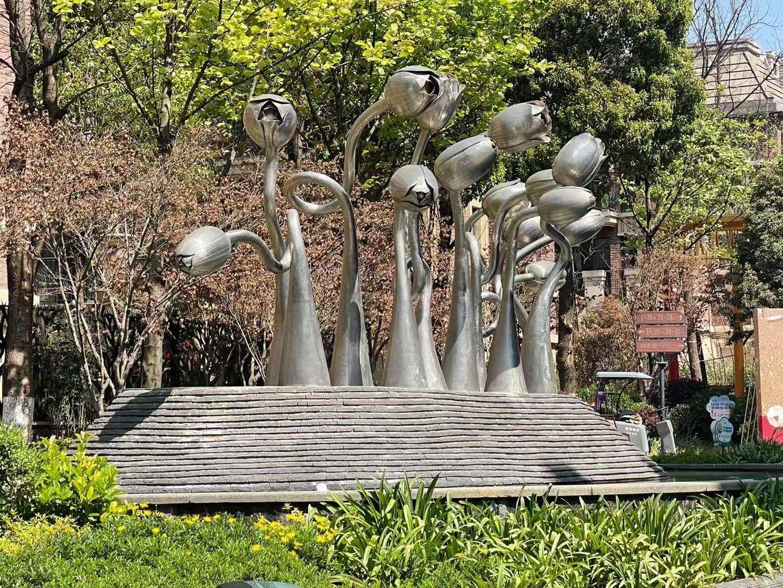 云南不銹鋼雕塑