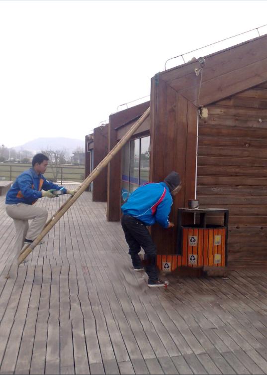 户外木制品运用