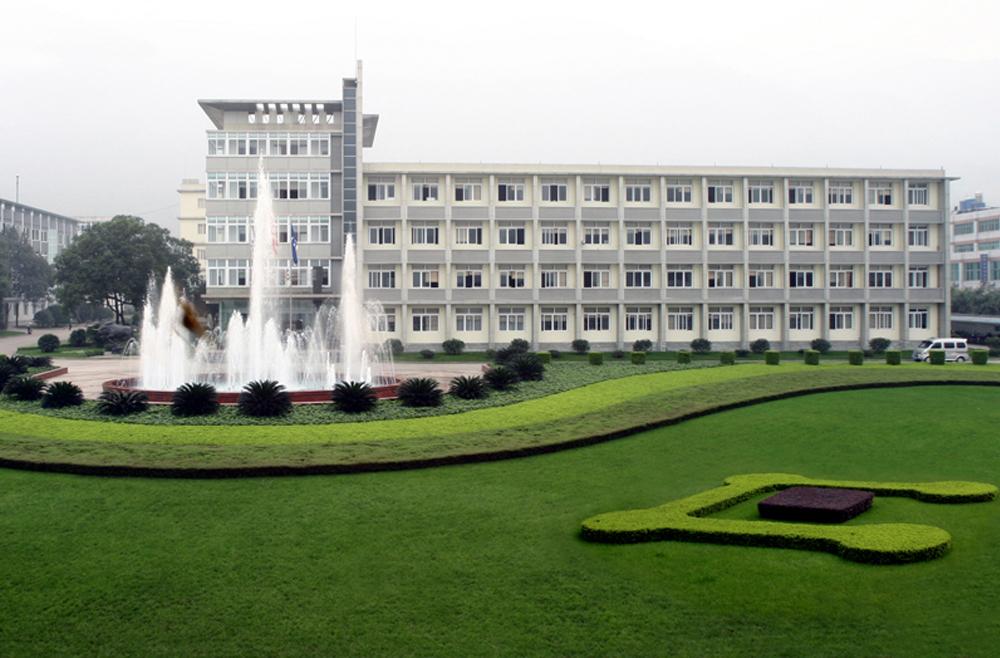 云天化行政大楼消防设备安装与维护