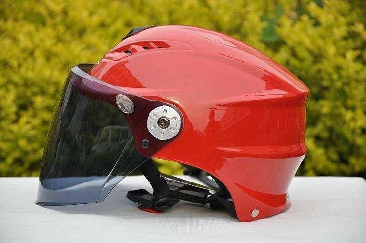 电瓶车安全头盔