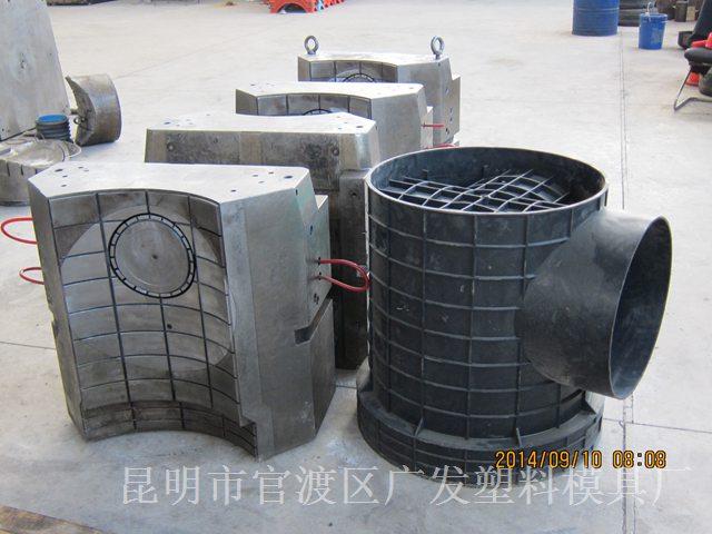 云南模具-大型管件模具1