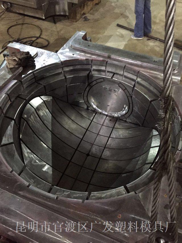 云南模具-大型管道模具