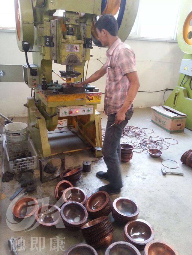 昆明铜壶厂家-铜壶加工流程展示