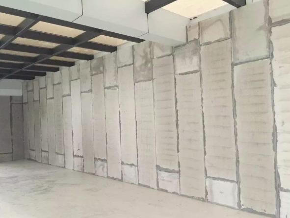 轻质隔墙板「轻质隔板如何施工」