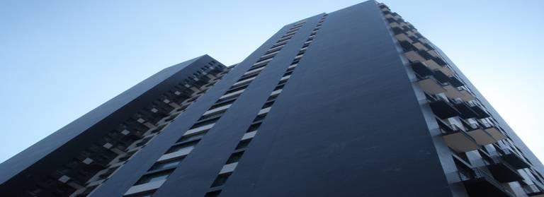 时代广场隔楼板施工
