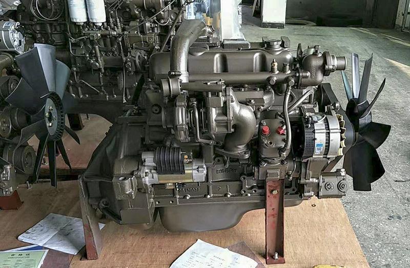 云南玉柴发动机总成厂家的玉柴4108中冷增压130马力发动机总成高清图片展示
