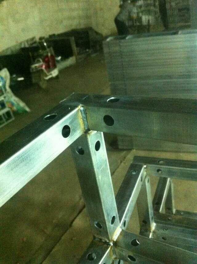 云南桁架角焊接