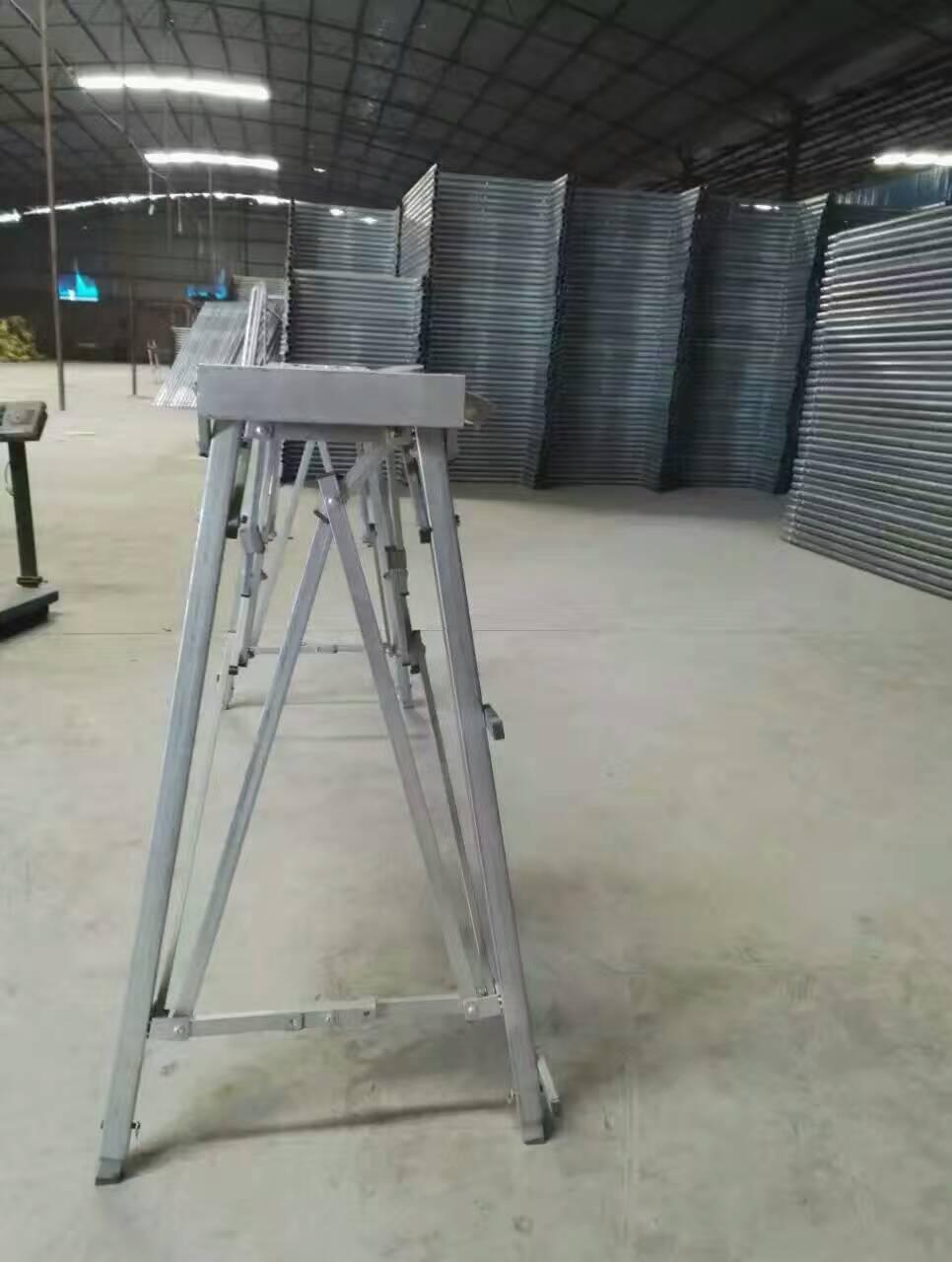 最新镀锌昆明折叠马凳制作