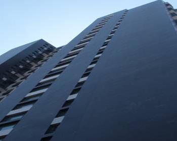 乌鲁木齐时代广场隔楼板施工