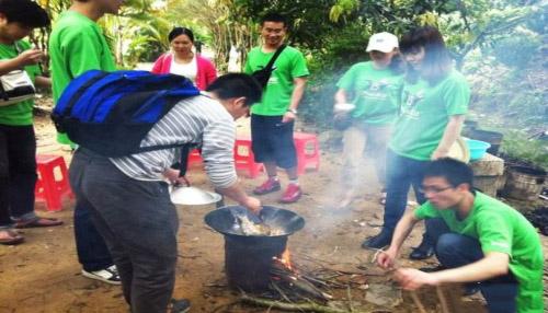 团队野炊烧烤