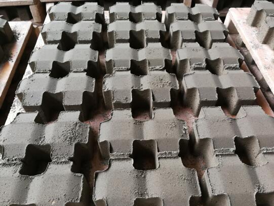 井字原色透水砖