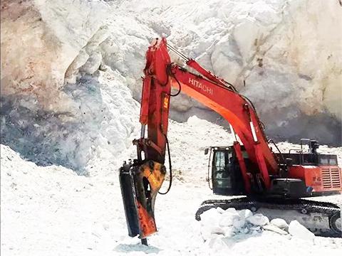 怎样使用安宁破碎锤才能保证挖机不被损坏?
