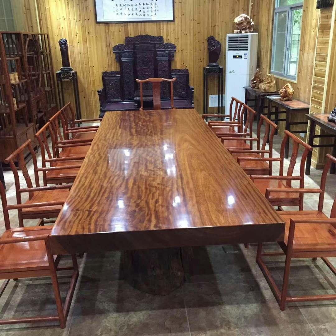 实木桌椅维修3