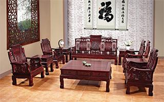 如何选择实木红木家具,实木红木家具的优点有哪些