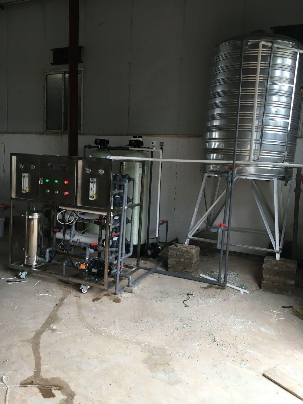 德宏蛋鸡养殖饮水设备