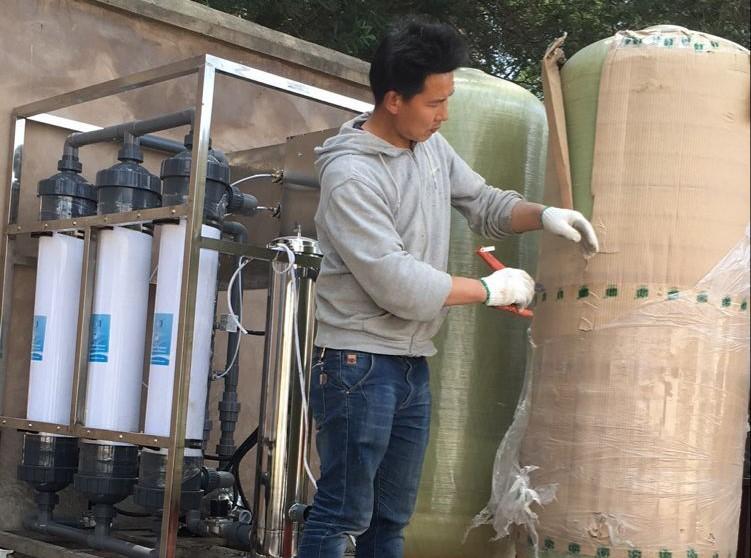 安宁16万蛋鸡饮水设备
