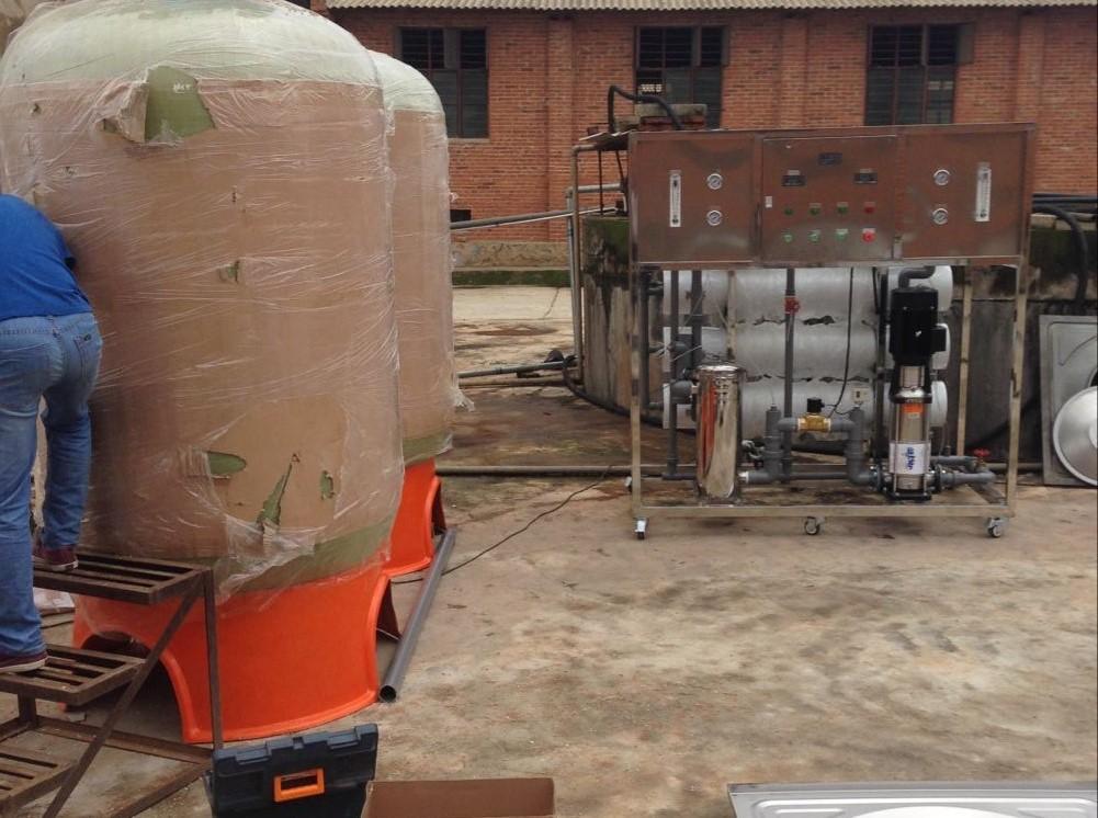 杨林蛋鸡的用水设备