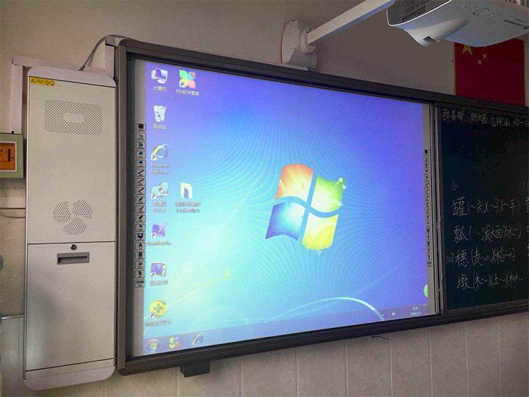 学校教学投影机的日常养护小提示