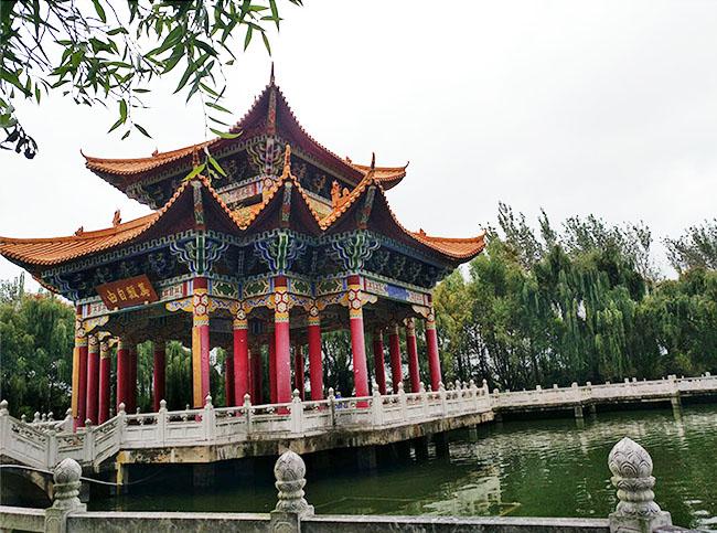 昆明金宝山陵园