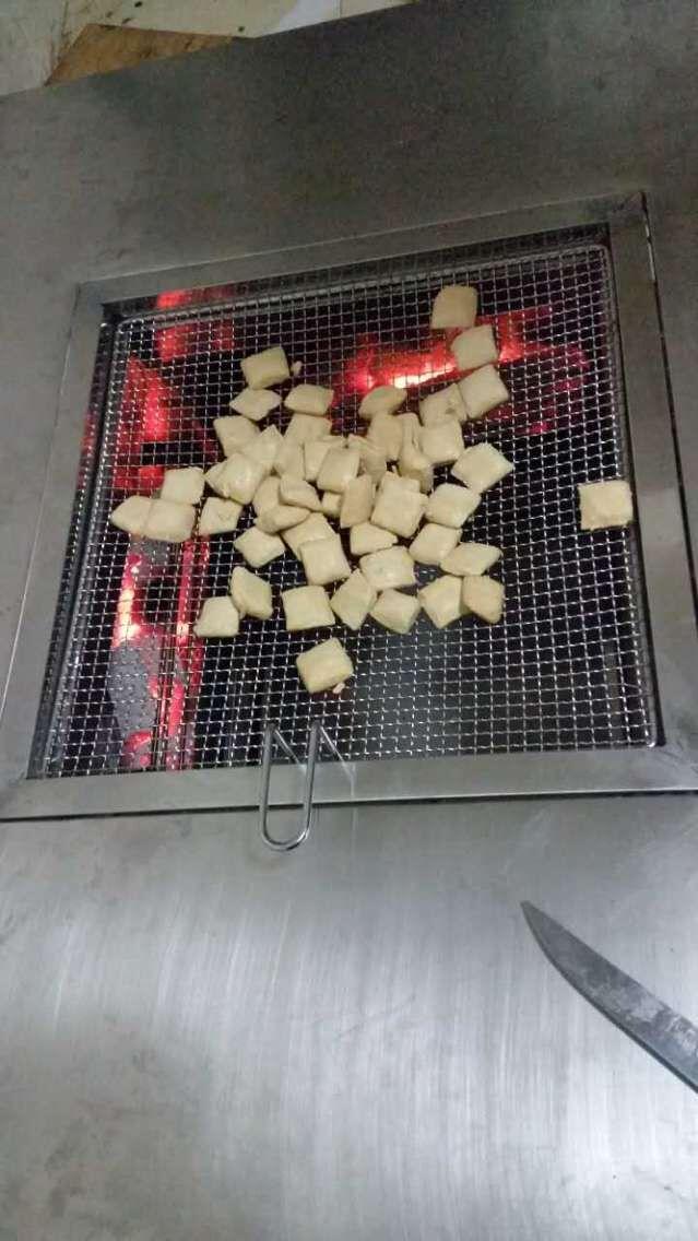 云南乱色钢烧烤桌
