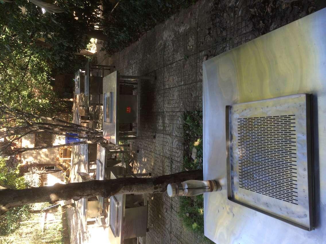 云南欧美 日本 亚欧在线观看钢无烟烧烤桌生产厂家