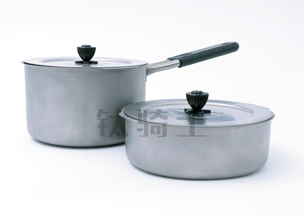 昆明辅食锅什么材质可以安全放心使用
