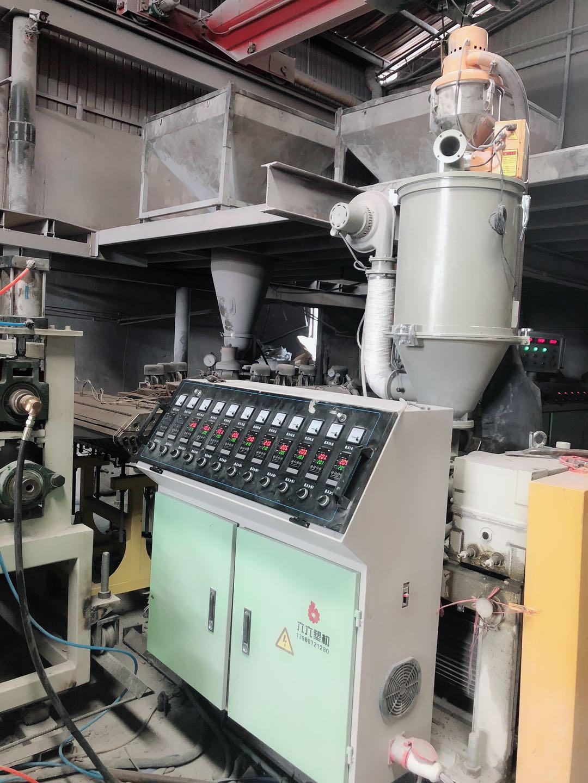 云南合成树脂瓦生产车间展示