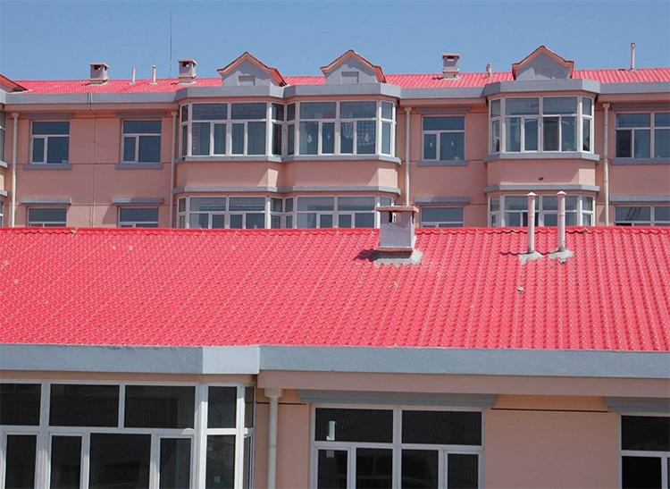 盖房用云南合成树脂瓦,房屋美了安全指数更高了!