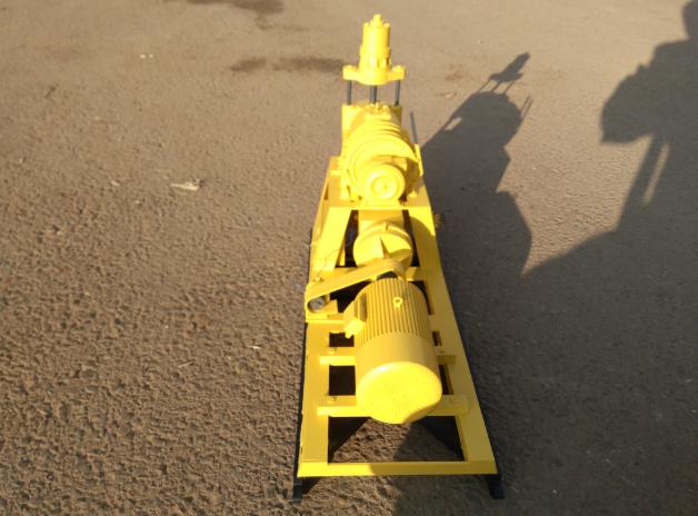 黄色的设备模型