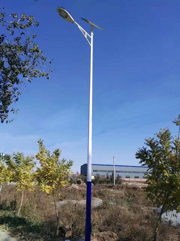 锥型杆太阳能路灯